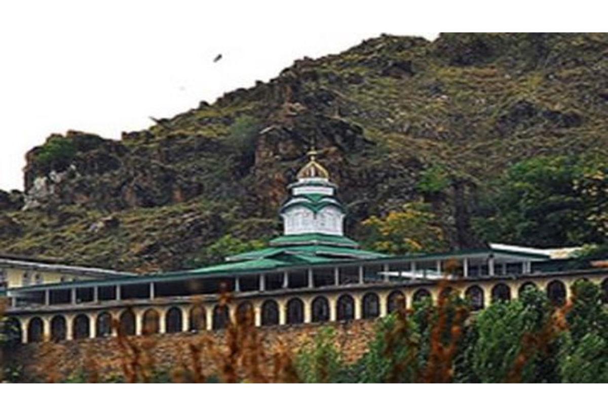 Photo of कश्मीर के मखदूम साहिब: नैतिकता-आधारित आध्यात्मिकता की एक बौद्धिक विरासत