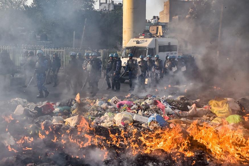 Photo of Scenes of Unity, Brotherhood & Tolerance Amid Delhi's Recent Riots