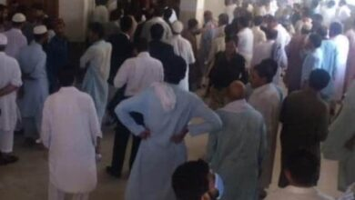Photo of Blasphemy Killing in Pakistani Courtroom is Obnoxious & Untenable