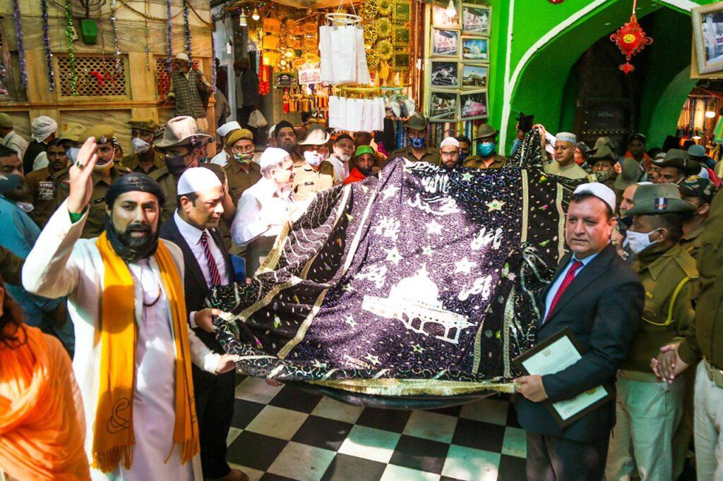 May the message of Khawaja Gharib Nawaz (ra) of Ajmer Sharif be heard across the world